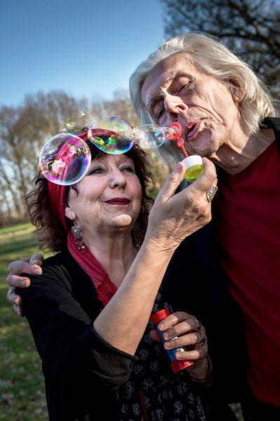 <strong>Elly en Rikkert, een Nederlands echtpaar dat voornamelijk christelijke liedjes zingt</strong>